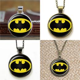 2019 collane di batman 10pcs Batman Superhero Glass Photo Collana portachiavi segnalibro gemello braccialetto orecchino collane di batman economici
