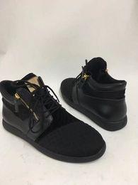 Wholesale Super Cheap Mens Shoes - 2017 Cheap men shoes womens shoes women sneakers mens designer sneakers for men with Super fiber fashion casual men luxury shoes 02