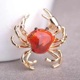 Wholesale Crab Brooches - Wholesale- Blucome New Arrival Animal Brooch Pin Gold Plated Sweater Collar Clip Bijouterie Enamel Lifelike Crabs Brooches For Women Shirt