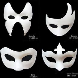 2019 maschere veneziane bianche all'ingrosso All'ingrosso-Novità DIY White Paper Unpainted Party Mask Varie donne veneziane Uomini maschere per il viso Fancy Dress Regalo di Halloween maschere veneziane bianche all'ingrosso economici