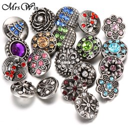 Wholesale Gold Set Flower - Wholesale-10pcs lot Snap Jewelry 12MM Snap Buttons Metal Flower Rhinestone Styles Ginger Snaps Charms Fit DIY Snap Bracelets Bangles
