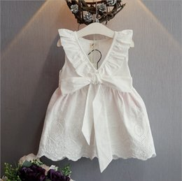 Wholesale Girls White Chiffon Ruffle Dress - New Cute White Girl's Dresses 2017 V Neck Sleeveless Summer Little Girls Dresses Short Wedding Party Gowns MC0669
