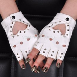 guantes de jazz Rebajas Al por mayor- Pole Dancing Half-finger Gloves Mujeres Lady Stud Spike Punk Remaches Mitones Performance Jazz Nightclub
