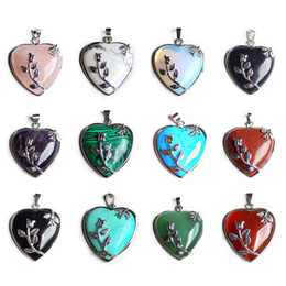 Wholesale Amethyst Cubic Zirconia - 15 Colors Natural Stone Heart Pendant Amethyst Green Aventurine Pink Crystal Stone Necklace Pendant Rose Flower Natural Stone AXS-A006