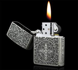 Oil lighter on-line-Atacado-isqueiros de som nítidas Preço de Oferta Especial Constantine Mais Leve Querosene Isqueiro Frete Grátis