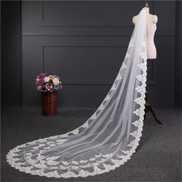 Wholesale 1t Lace Wedding Cathedral Veil - velos de novia 3 Meters 1T White&Ivory Sequins Blings Sparkling Lace Edge Purfle Long Cathedral Wedding Veils