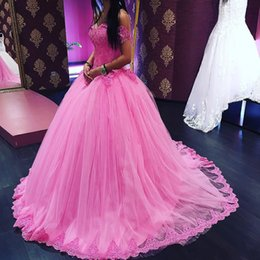 Wholesale Charming Quinceanera Dresses Ball Gown - Charming Pink Tulle Quinceanera Dresses V-neck Sweet 16 Ball Gowns Lace Top Sweet 16 Dresses Prom Dresses Party Gowns Special Occasion Dress