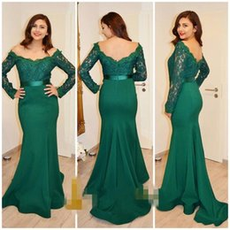 Wholesale Emerald Green Ribbon - 2017 Emerald Green Arabic Mermaid Prom Dresses Long Sleeves Lace Appliques Vestidos De Fiesta Backless Evening Party Gowns with Ribbon