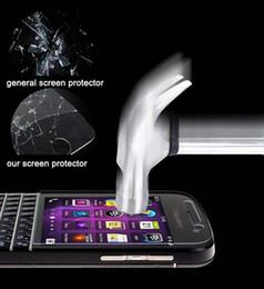 Blackberry Q30 Q20 Q10 Z10 için Crystal Clear Stockproof Pürüzsüz Temperli Cam Cep Telefonu Ekran Koruyucular Ince Film Perakende Paketi nereden