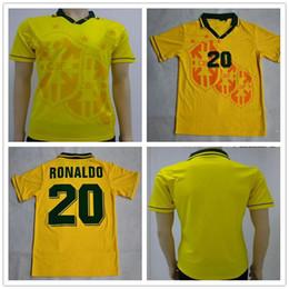 ... 1993 1994 Brasil camisetas de fútbol retro inicio Tailandés superior  3AAA calidad personalizada nombre número de fútbol uniformes de fútbol  camisas ropa 7842a0e068653