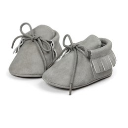 Wholesale Infant Kids Shoes - Wholesale- infantil Baby Classic Leisure PU Leather First Walkers Crib Infant Girl Boy Kids Babe Star Pattern baby moccasins Shoes