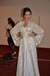 Wholesale Art Sparkle - Muslim Dubai Kaftan Evening Dresses Lace V Neck Long Sleeve White Crystal Beaded Bling Sparkle Arabic Sashes Formal Prom Pagenat Gowns