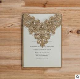 Canada 2017 foncé bleu royal laser coupé cartes d'invitations de mariage creux personnalisé gratuit imprimer carte d'invitation de fiançailles avec enveloppe Offre