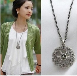 Wholesale Xy Black - Wholesale- Hot Sales 2015 New Style Fashion Bohemian hollow pattern pendant jewelry Long Necklace Women Fine Jewelry (Black) XY-N68