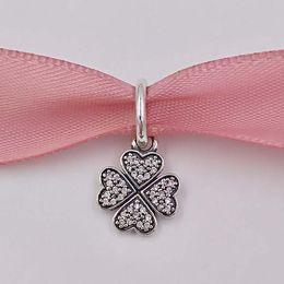 Wholesale lucky clover pendant - Christmas Day Gift 925 Silver Beads Sparkling Lucky Clover Pendant Charm Fits European Pandora Style Jewelry Bracelets Winter four leaf