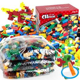 Wholesale Bulk Free - 1000pcs Bulk Building Blocks DIY Bricks with Free Lifter space Wars Super Heroes Harry Potter Building Bricks Construction Blocks Toys