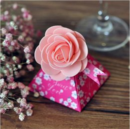 Wholesale Triangle Favour Box - 100 Pcs European style purple pink red flower color Pearl paper triangle pyramid Wedding box Candy Box gift boxs wedding favour boxes THZ189