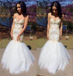 2019 robe de soiree 2K17 blanc et or broderie sirène de bal robe chérie Corset dos paillettes perles Tulle formelle longues robes de soirée robe de soiree pas cher