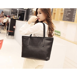 Wholesale Hard Street Bags - Wholesale- Fashion Women Weave Bag Large Tote Travel Bag Mother Bag Street Style New Simple Shoulder Bags