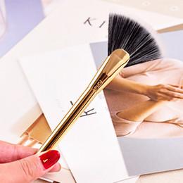 Wholesale Metal Brushes - Brand 100% tarte makeup brushes highlighting fan brush cosmetics face blending powder contour make up brushes.