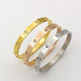 cerámica artesanal de arcilla para joyería. Rebajas Brazaletes de acero inoxidable Love Bracelets para mujeres y niñas con piedra Rose Gold / silver / gold plateado brazalete botón accesorio