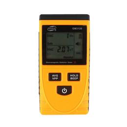Телефонные детекторы онлайн-GM3120 ЖК электромагнитное излучение детектор тестер дозиметр измерения излучения для компьютера мобильный телефон 2017 бесплатная доставка