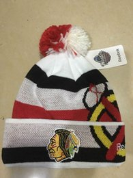 Wholesale White Cotton Beanie - New Beanies Chicago Blackhawks White 2017 Winter Classic Players Cuffed Knit Hat With Pom Mix Match Order All Caps High Quality Hat
