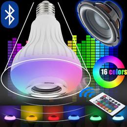 12 Вт E27 12 Вт беспроводной RGB музыка Лампа светодиодная лампа Bluetooth динамик 110 В 220 В беспроводной RGB музыкальный плеер аудио динамик свет с пульта дистанционного управления от