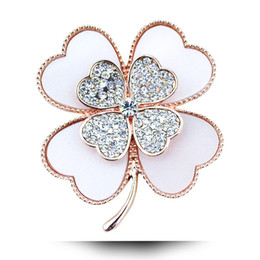 Wholesale Clover Brooch Pin - Wholesale- rhinestone clover brooch white and black color for choose plant pins and brooches wedding jewelry accessories