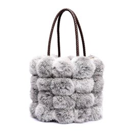 Wholesale Christmas Fund - Real rabbit fur handbag handbag fashion of new fund of 2017 autumn winters is one shoulder aslant fur bucket bag