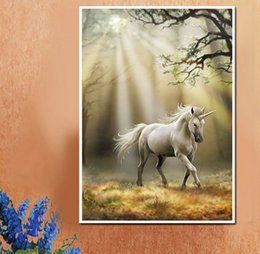 2019 ponto de cruz do unicórnio 5D DIY Unicórnio Branco Cavalo Cheio de Diamante Pintura Cross Stitch Kits Sobre a perfuração de Decoração Para Casa ponto de cruz do unicórnio barato