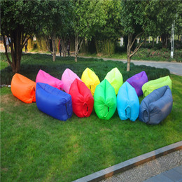 Wholesale Outdoor Inflatable Air Laybag Mattresses Sleeping Bag Hangout Lounger Camping Lazy Sofa Portable Beach Sleep Bed Beach Chair Matress kx