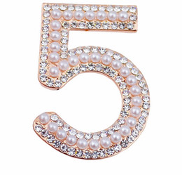 Wholesale Fashion Jewelry Number Brooches Wedding Pearl Rhinestone Broach For Women Party