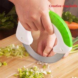 cuchillos de cocina de mango blanco Rebajas The Rolling Knife Diseño innovador de The Kitchen Cuchillo circular Sharp Blade Cutting Vegetables Carne Cake Circular Rolling Knif100pcs M505