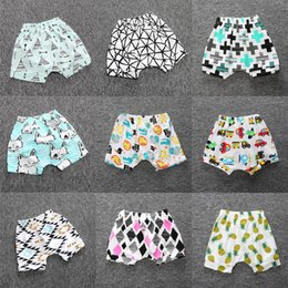 Wholesale Hot Kids Panties - Baby Summer Clothes Cotton Infant Short Pants Baby Girls Knickers Boy Breeches Children Harem Pant Hot Shorts For Kids Panties Cheapest