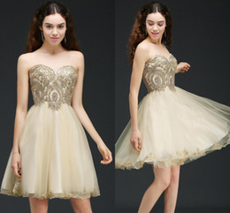 Wholesale Collar Lace Designs - Cheap 2017 Cute Design Champagne Mini Homecoming Dresses Sweetheart Lace-up Back Above Knee Length Short Prom Party Gowns CPS665