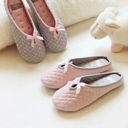 Wholesale Cute Blue Christmas Shoes - Wholesale- Cute Bowtie Winter Women Home Slippers For Indoor Bedroom House Soft Bottom Cotton Warm Shoes Adult Guests Flats Christmas Gift