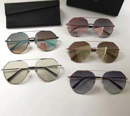 Wholesale Green Colored Lens Sunglasses - New Men Women Sunglasses Summer Sun Glasses Brand Fashion Sunglasses Big Frame Sunglasses for Women Style Light Colored Lens Original Box