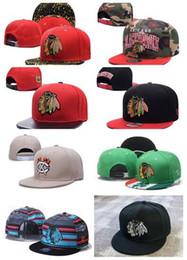 Venta al por mayor colección de Chicago Blackhawks Snapback bordado Logo  del equipo Deportes ajustable Hockey sobre hielo Caps Hip Hop Flat Visor  Hat Se 9085824a01d