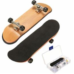 kazoo en plastique Promotion Doigtier En Bois D'érable Mini Doigts Sports Skateboard Noir Roulements Roulettes Enfants Jeu Cadeau 100mmx28mmx15mm