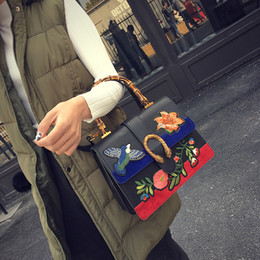 Wholesale Folk Cottons - Handbag folk style custom embroidery embroidery woman handbag Harajuku wind bamboo bag retro snakeheads leather handbag