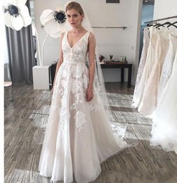Wholesale Simply Dresses Black - Simply Style 2017 Backless Plus Size Wedding Dresses Plunging Neckline Appliques Bridal Gowns Floor Length A Line Wedding Gown