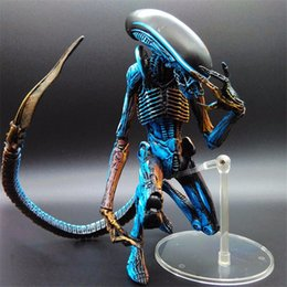 "Wholesale Neca Alien Predator - 7"" NECA Toy Aliens blue alien Xenomorph figma Predators riple superman PVC action Figure Collectible model doll"