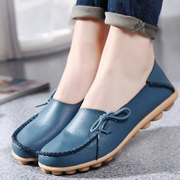 Wholesale Cheap Party Shoes Women - Large size leather Women shoes flats mother shoes girls lace-up fashion casual shoes comfortable cheap breathable women flats