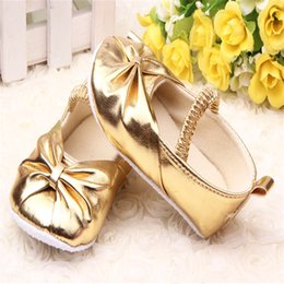 Wholesale Sparkly Shoes Wholesale - Wholesale- 2016 Hot Sell Baby Girl Princess Sparkly Shoes Infant Cute Princess Golden Silver Footwear Toddlers Fashion Soft Sole Shoes