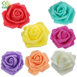 50 Pz / lotto Schiuma Rosa Testa di fiore Artificiale Rosa Fiori Bouquet Fatto a mano Matrimonio Decorazione della casa Scrapbook Festa festosa da