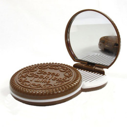 Wholesale Cosmetic Chocolate Mirror - Mini Portable Cute Cocoa Chocolate Cookie Shape Cosmetic Hand Mirror Makeup With Comb Lady Girl Make Up Tool Free Shipping ZA2072