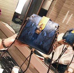 Wholesale Multifunctional Shoulder Bag - wholesale brand personality snake bag multifunctional woman single shoulder bags fashion color lock single shoulder bag trend snake bag