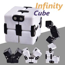 Wholesale shapes toys - Infinite Cube Most Changeful Shape Toys For Adults Decompression Stress Fidget Cube Development Novelty Funny Toy with Retail Package OTH476