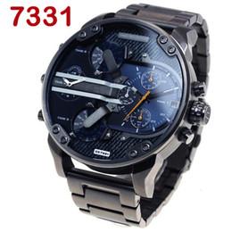 Relojes deportivos de gran tamaño online-Moda Top Luxury Brand Relojes de gran tamaño Hombres Casual Fecha Reloj de cuarzo Reloj deportivo Correa de cuero militar de lujo Big Male Clock